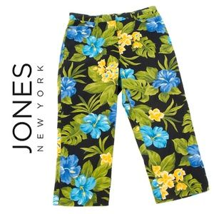 Jones of New York Tropical Print Capris - EUC - 10